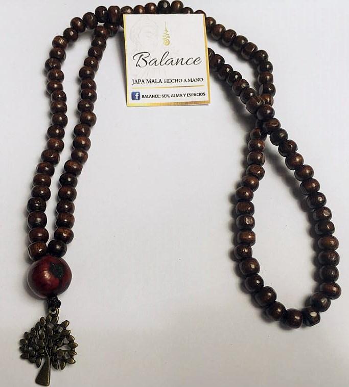 japa mala 108 cuentas de madera café oscuro, cuenta gurú semilla de Asaí grande color vino teñida, árbol  bronce