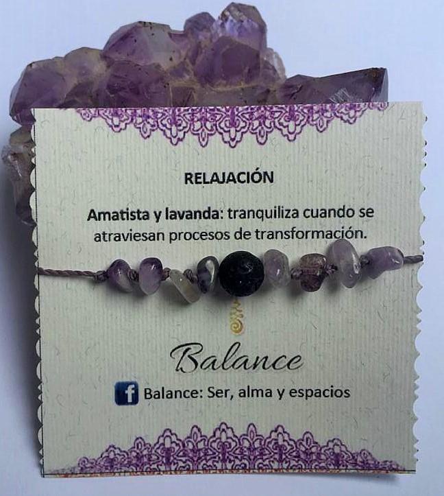 pulsera ajustable, cuarzo amatista, piedra volcánica, hilo color lila